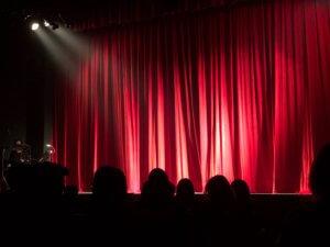 Bühne Stage State Rede